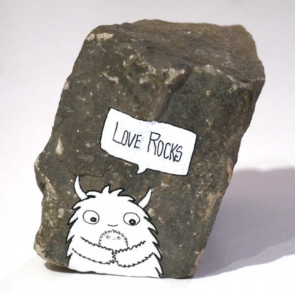 "Rabea Senftenberg: ""Love Rocks""  - Marker and fun on Stone, a piece of Berlin"