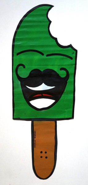 "Señor Schnu: ""Señor Schnu: Classic Street Schnu - Apfel"" - SALZIG Streetartgallery"