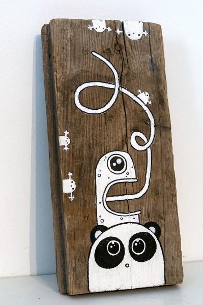 """Rabea Senftenberg: """"Whatever"""" - Acrylic paint & pens on Fundholz"""
