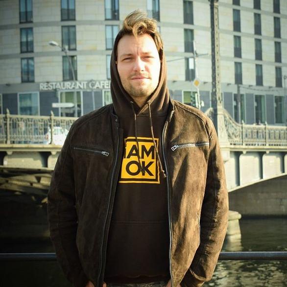 iAMOK: Hoodie - YellowBrown