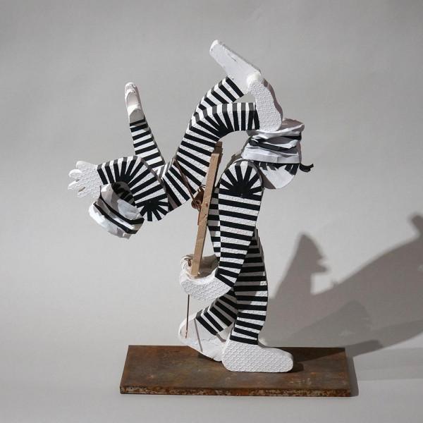 """Styro: """"Mausefalle"""" - Skulptur - styrofoam, tape, metal - SALZIG Berlin"""