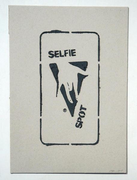 """Ostap: """"Selfie Spot - 3D"""" - Handmade 3D Stencil - SALZIG Berlin"""