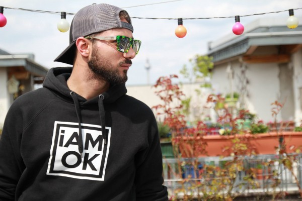 iAMOK Black Classic - Hoodie